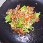 Teriyaki Beef on Lettuce & Quinoa