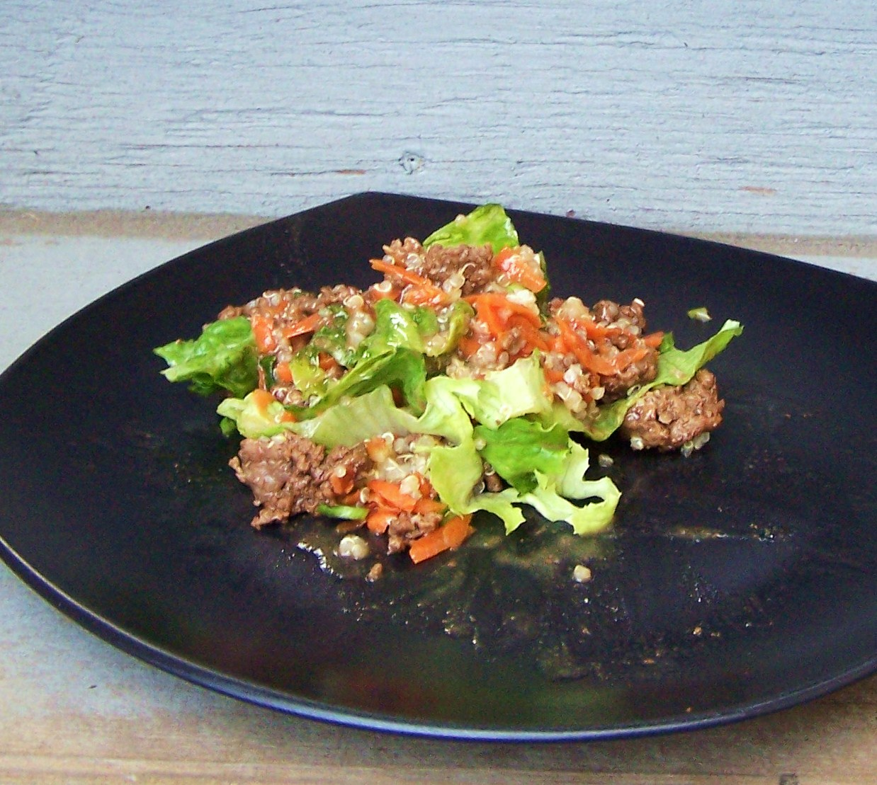 Teriyaki Beef & Quinoa on Lettuce