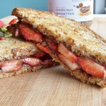 Saturday Sweets: Grilled Strawberry Nutella Sandwich
