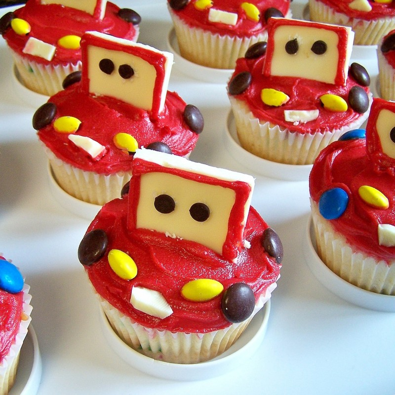 Saturday Sweets Lightning McQueen Car Cupcakes