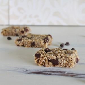 Peanut-butter-granola-bars