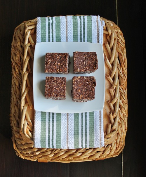 No Bake Peanut Butter Chocolate Oat Bars