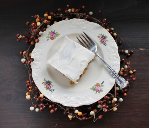 Pumpkin Carrot Cake with Cream Cheese Icing - perfect healthy snacking cake! | www.hiddenponies.com