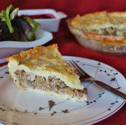 Tourtiere: traditional French Canadian meat pie that we've adopted as our own :) | www.hiddenponies.com