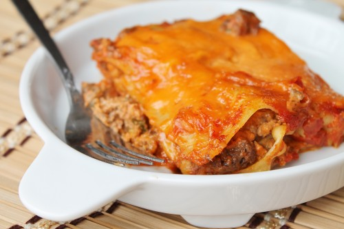 Taco lasagna - all the great flavours of taco in an easy weeknight meal perfect for making ahead, giving away, or just doubling for yourself!