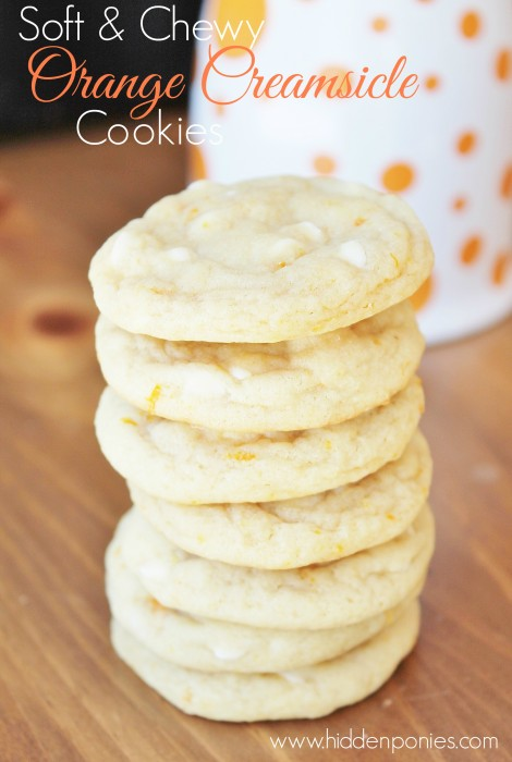 Orange Creamsicle Cookies - all the creamy, dreamy flavours of an orange creamsicle in a super chewy, stay-soft cookie!