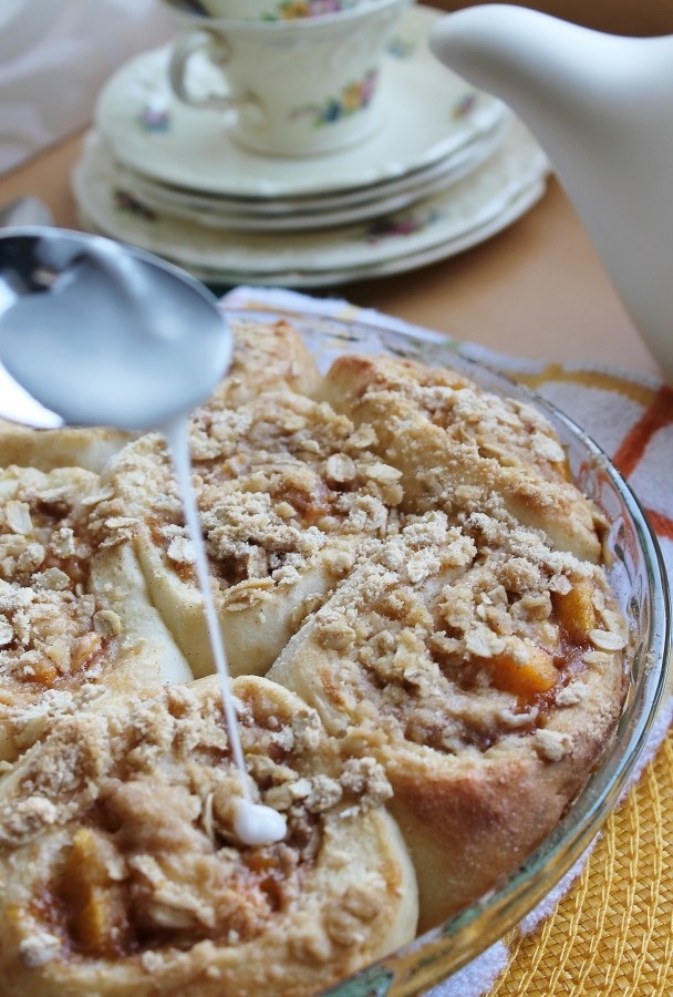 Peach Crumble Cinnamon Rolls