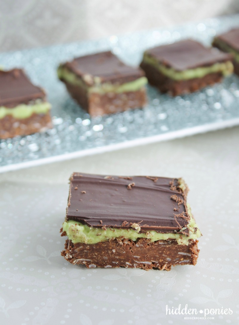 mint chocolate nanaimo bars | hiddenponies.com