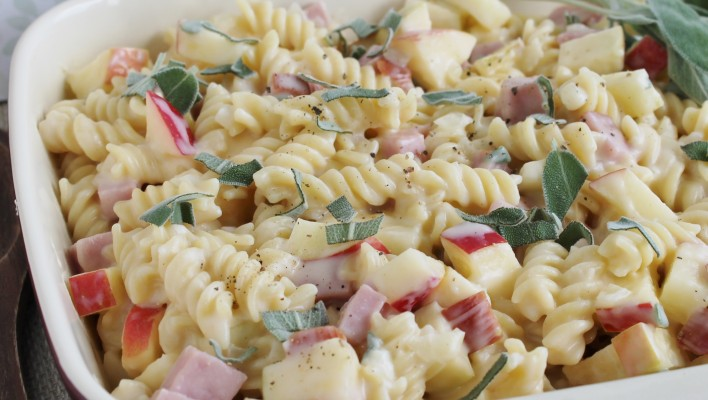 Ham & Sage Casserole with Apple - freezer friendly, and perfect for using up leftover ham!
