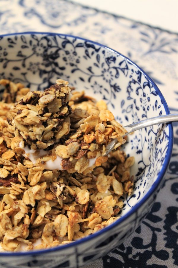 Slow Cooker Granola - make a big batch and freeze half!